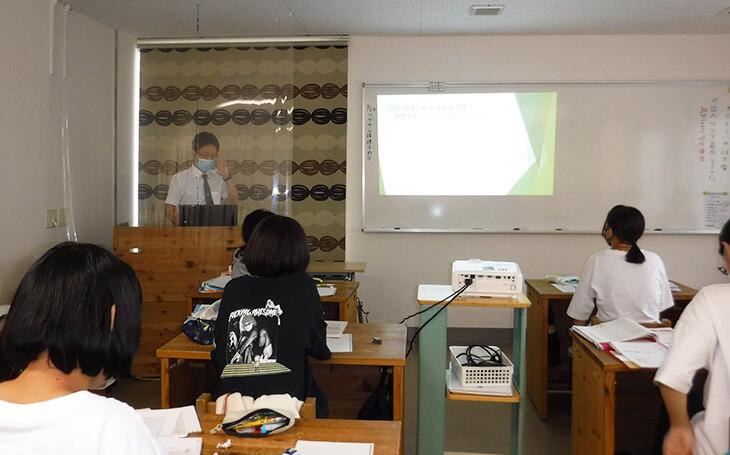 「9月9日 四国歯科衛生士学院専門学校 1年生に 歯周病の講義に行ってきた!」